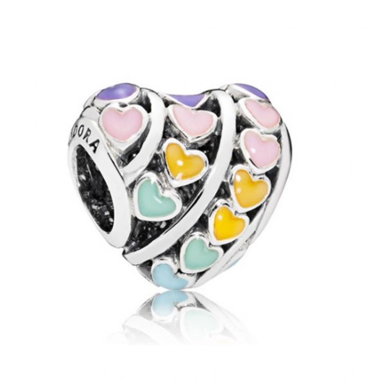43337f884770 ... Stříbrný korálek Pandora - Barevná srdce 1 2 ...